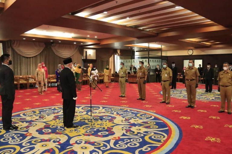 Kasat Pol PP Drs. Gede Yusa, SH di kukuhkan Gubernur Kaltim menjadi Pjs Bupati Mahakam Ulu